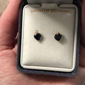 Jewelry - Sapphire diamond heart dainty little tiny gold box